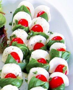 Veganer Tomaten-Mozzarella-Salat