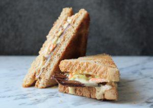 Geräuchertes Landhaus-Sandwich