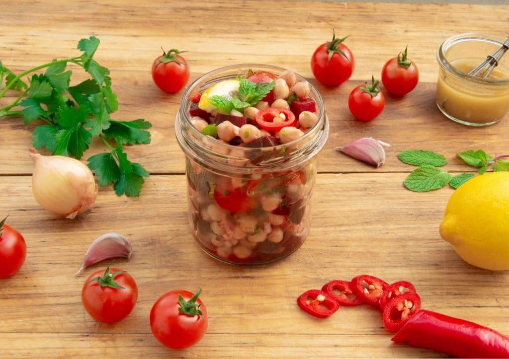 Kichererbsensalat mit Rote Bete und Minze