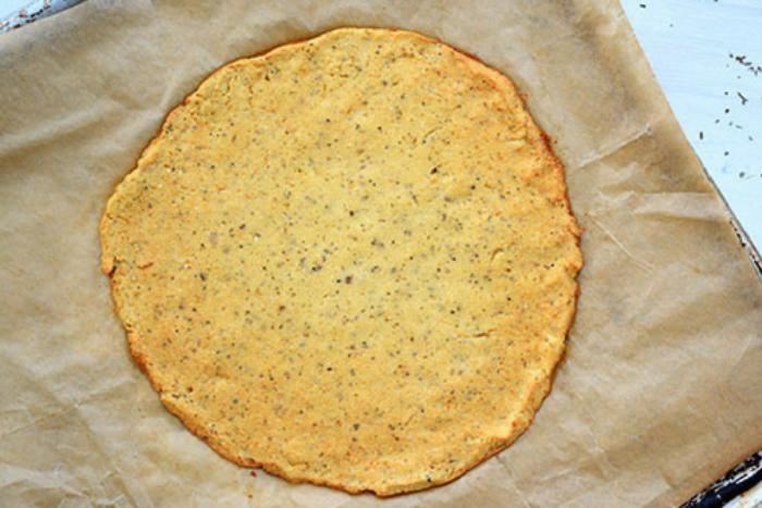10 leukste verstopte groente-ideeen - Bloemkool-pizzabodem