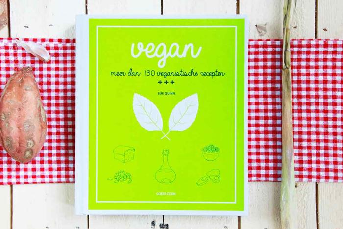Deze vegan kookboeken horen thuis in je boekenkast!
